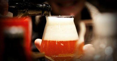 Tornano le DaD—Degustazioni a distanza di birra artigianale condotte da Simone Cantoni