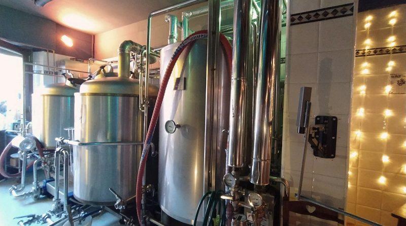 Il brewpub storico di Firenze ritorna a nuova vita: Rione e Brùton presentano la prima birra artigianale