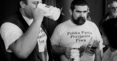Il partito della birra al potere! La storia del PPPP
