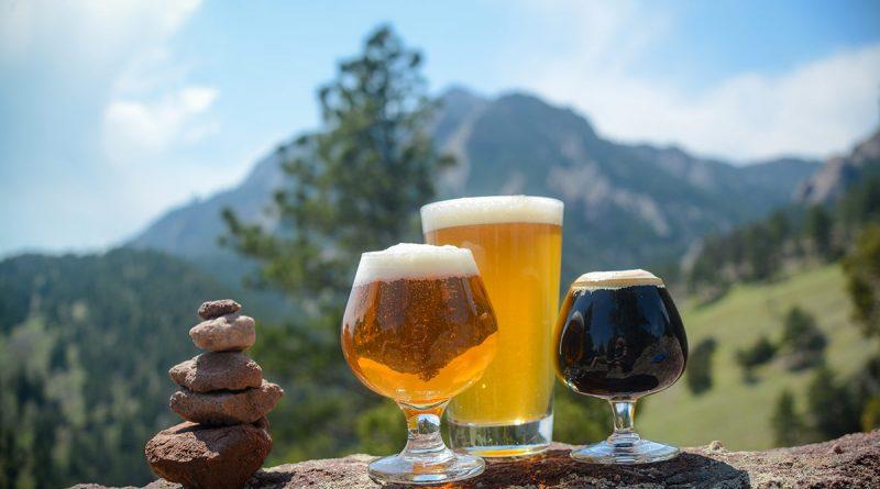 Pannelli solari, cannabis e blue jeans aiutano l'industria della birra artigianale americana ad essere più sostenibile